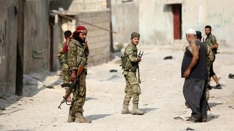 Syrie : les forces turques et kurdes s'accusent mutuellement de violer la trêve