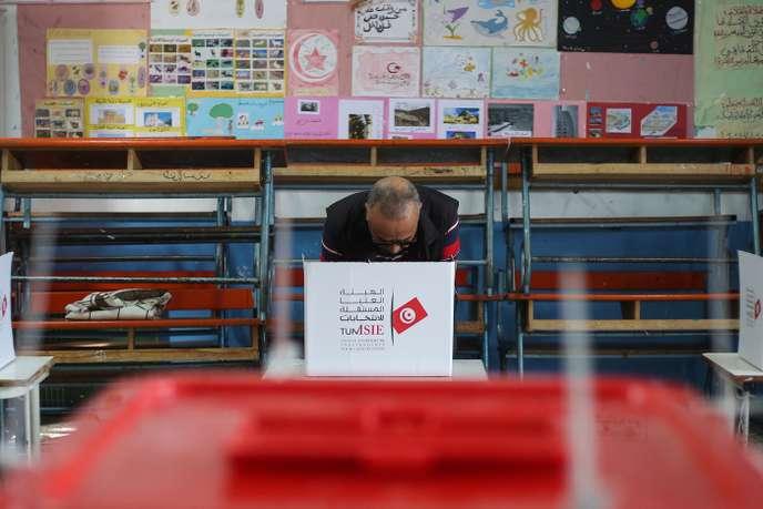 Les Tunisiens appelés à voter pour le second tour de la présidentielle