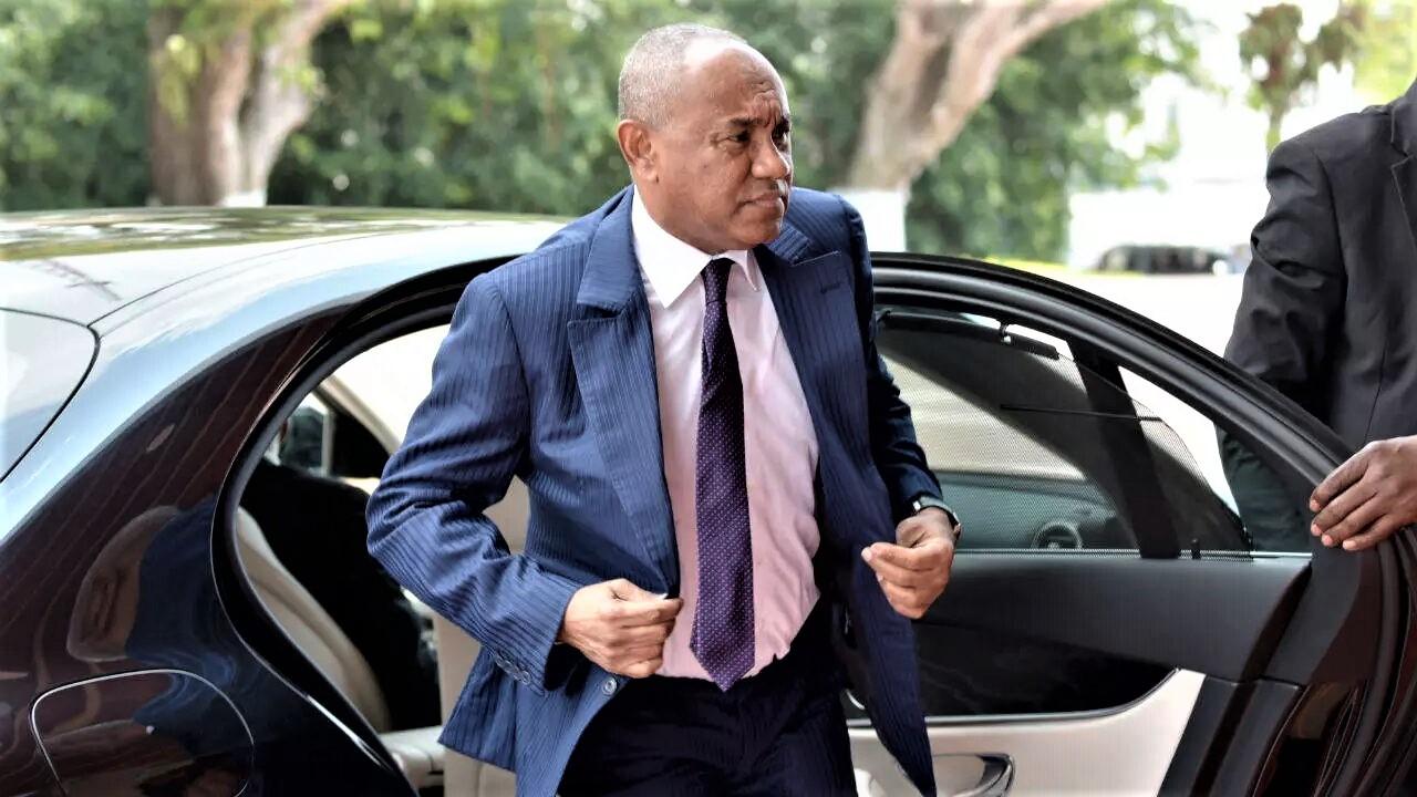 Football : le président de la Confédération africaine Ahmad est suspendu cinq ans par la Fifa