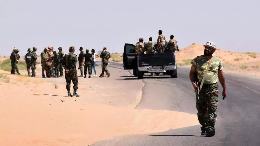 Syrie: violents combats entre l'armée et le groupe EI dans la région désertique centrale