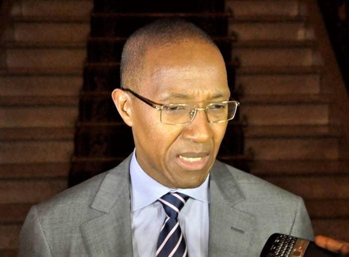 Abdoul Mbaye : « Il est possible d'aller vers un couvre-feu »