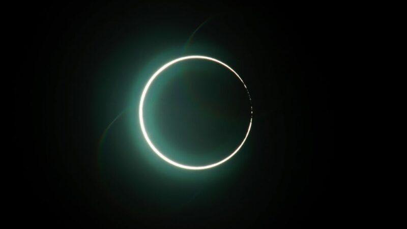 Eclipse totale du soleil: le sud du Chili et de l'Argentine plongé dans l'obscurité