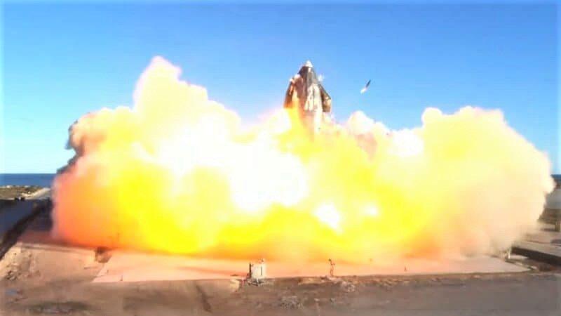 LE PROTOTYPE STARSHIP DE SPACEX CONÇU POUR ALLER SUR MARS EXPLOSE À L'ATTERRISSAGE