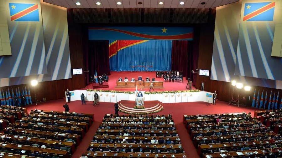 RDC: l'Assemblée adopte un budget 2021 moins ambitieux mais plus réaliste