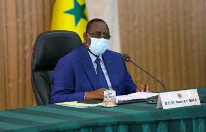 Covid-19 : Macky décrète l'État d'urgence et un couvre-feu à Dakar et Thiès à partir de…