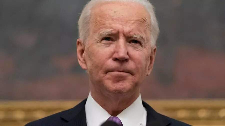 Biden affiche sa fermeté lors de son échange avec Poutine qui appelle à une «normalisation»