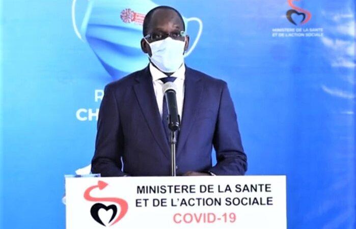 Covid-19 : Diouf Sarr annonce la réception de 200 000 doses du vaccin chinois « Sinovac », puis retire son tweet