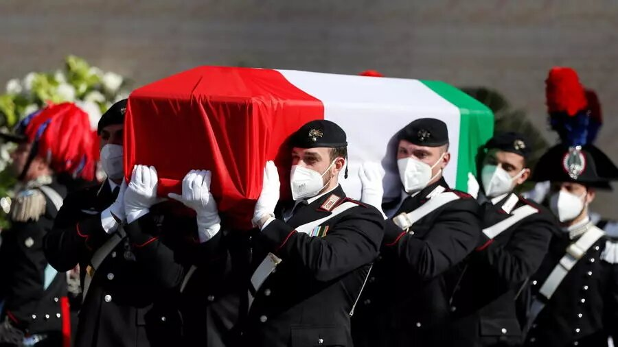 Mort de l'ambassadeur italien en RDC: sa veuve évoque une trahison