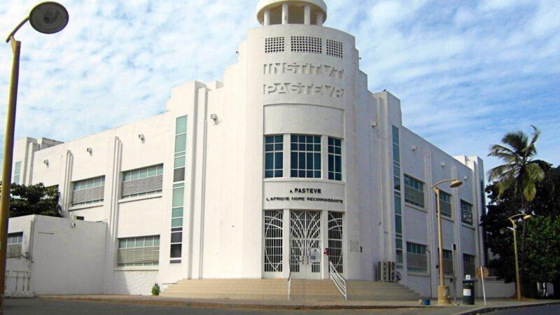«L'institut Pasteur de Dakar va intégrer le cercle restreint des laboratoires producteurs de vaccins anti-Covid» (Macky Sall)