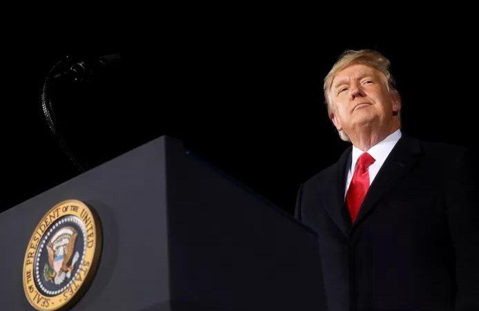 """Un procès """"injuste"""", un acte de """"vengeance politique"""": les avocats de Donald Trump plaident l'acquittement"""