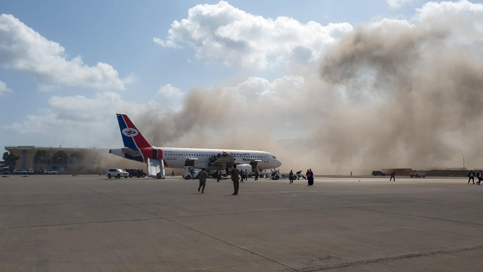 Arabie Saoudite : Un avion civil prend feu lors de l'attaque d'un aéroport par des Houthis