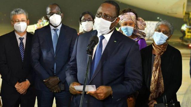Macky SALL annonce 8 millions de doses pour la vaccination de 4 millions de personnes
