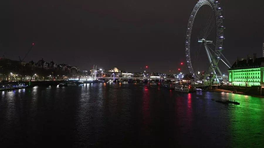 Earth Hour: pour préserver la planète, les grandes capitales éteignent leurs lumières