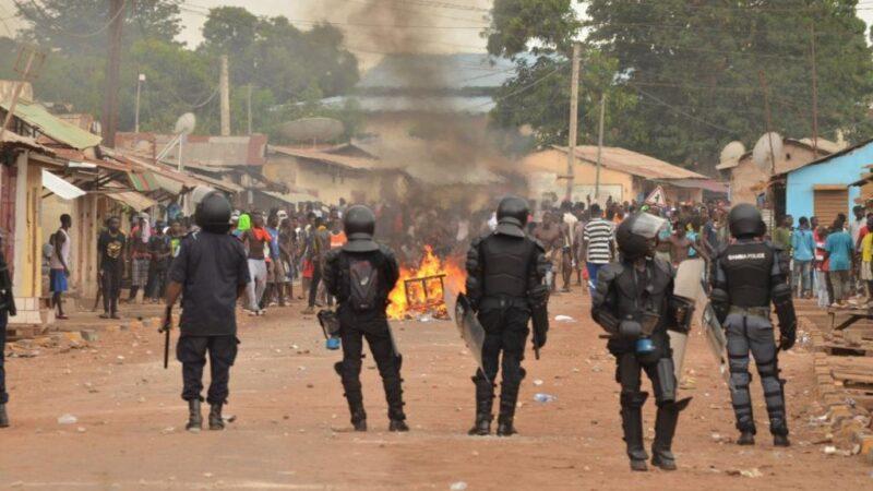 Gambie: La vie de 280 sénégalais sauvée de justesse, plus de 30 pirogues incendiées