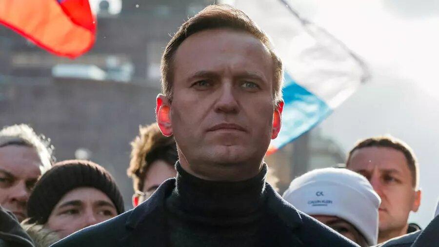 Russie: l'opposant russe Alexeï Navalny souffre de «fortes douleurs»