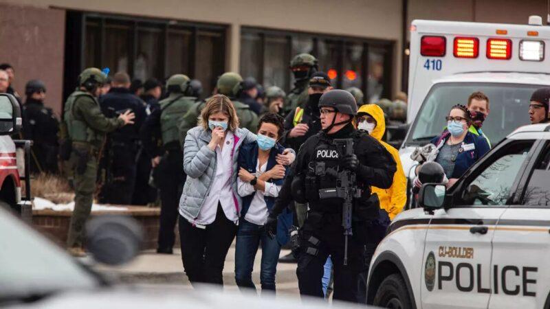 États-Unis : dix morts dans une fusillade dans un supermarché du Colorado, un suspect arrêté