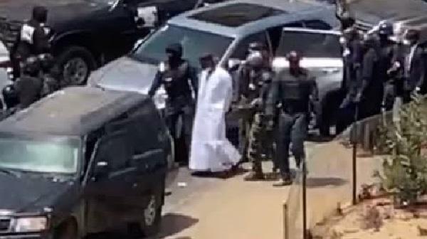 Les images de l'arrestation d'Ousmane Sonko (vidéo)