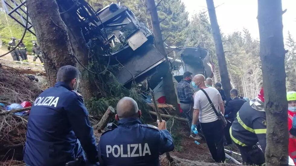 Italie: au moins 13 morts dans la chute d'un téléphérique au bord du lac Majeur