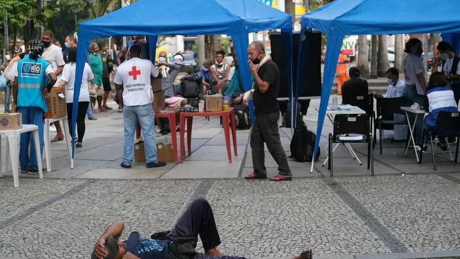 Brésil: chômage record, les habitants plongent dans une précarité amplifiée par la pandémie