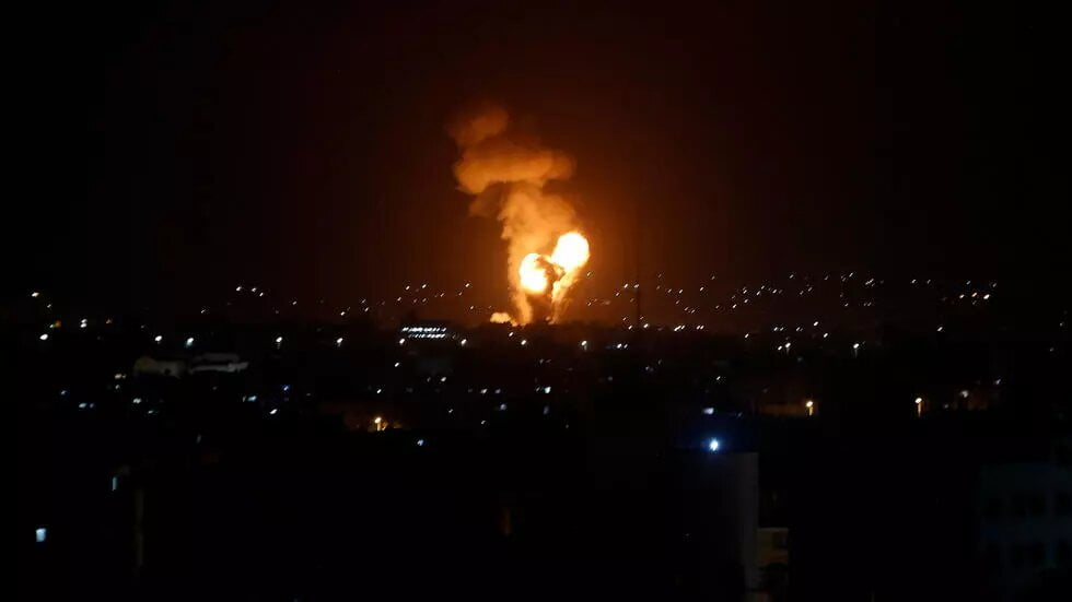 Proche-Orient: une nouvelle nuit sous les bombes vécue par les habitants d'Israël et des Territoires palestiniens