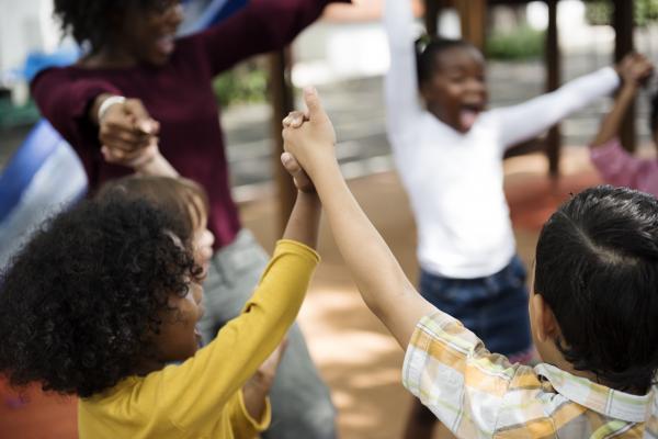 Comment parler aux enfants : Domiana Ndour, ancienne basketteuse, explique