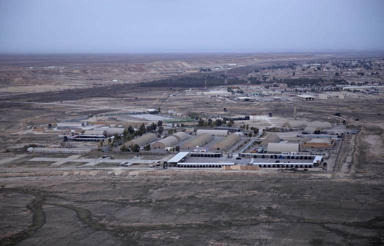 Irak : Attaque à la roquette contre une base abritant des Américains