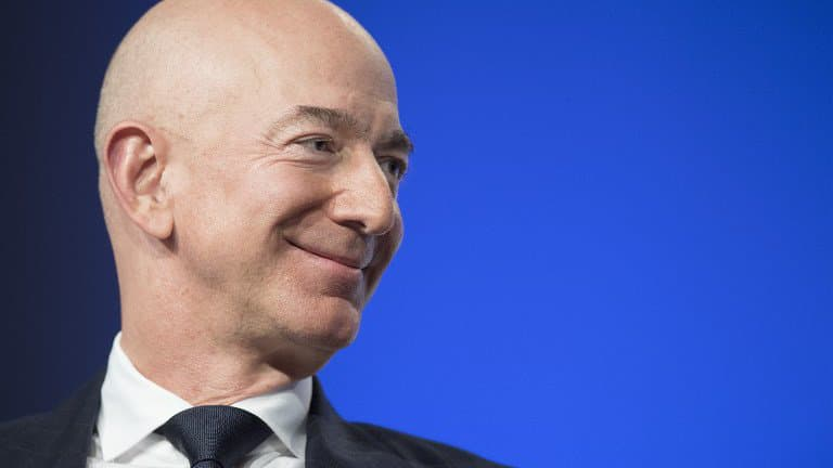 Comment Jeff BEZOS, l'homme le plus riche du monde, gagne vraiment sa vie