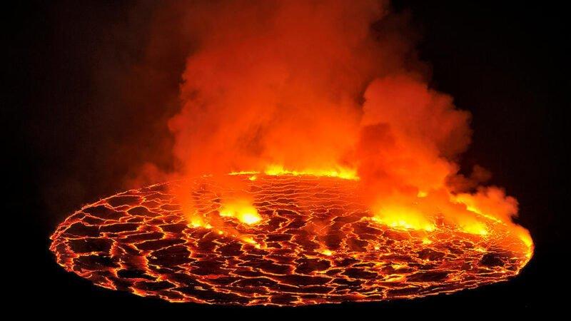 RDC: le Nyiragongo, un volcan fascinant et dangereux (Images)