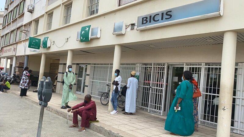 Panne généralisée de Réseau: le Casse-tête des clients de la BICIS en cette veille de Tabaski