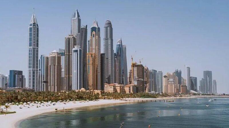 Dubaï fabrique sa propre «fausse pluie» pour lutter contre la chaleur