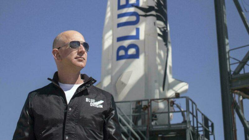 Espace: le premier vol habité de Blue Origin, avec Jeff Bezos à bord de New Shepard, va décoller