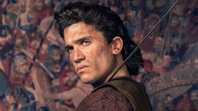 """De braqueur à chevalier légendaire, Jaime Lorente de """"La Casa de Papel"""" devient """"El Cid"""": """"Une chance inouïe"""""""