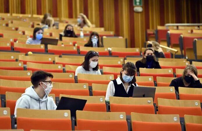 Panique à la faculté de psychologie de l'UCLouvain: seuls 5 étudiants sur 645 valident entièrement leur année